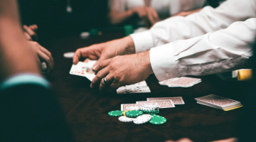 Blog Post-How to Control Online Casino Habits That Go Out of Hand